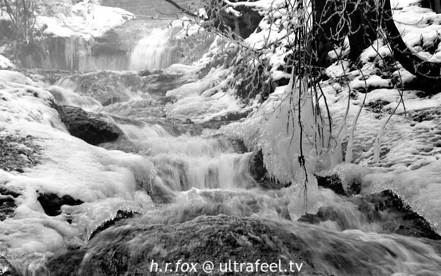 Icey water fall (c) h.r.fox- ultrafeel.tv