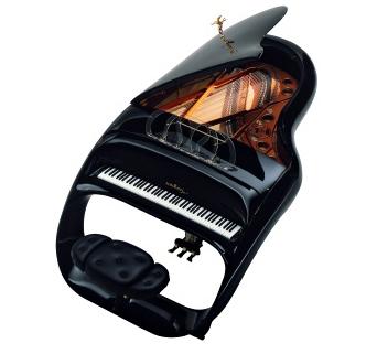 Luigi Colani's Pegasus Piano.