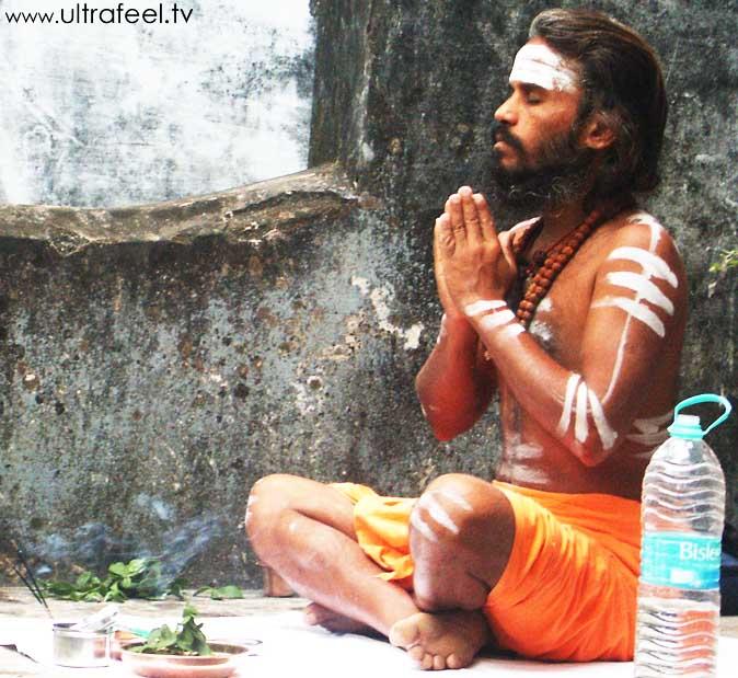 Sadhu praying. Tiruvannamalai.