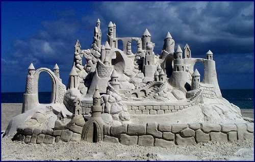Sandcastle at the beach. Pic: http://www.phy.duke.edu/~utter/images/granimgs/sandcastle-selfmag.jpg
