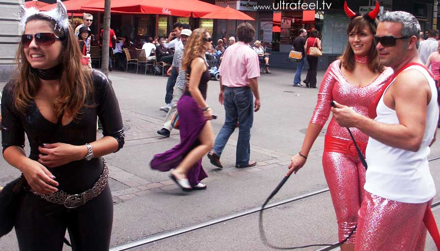 Streetparade 2008 - female devil with whip